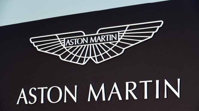 Aston_Martin_customer_care